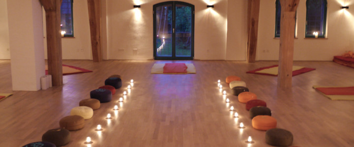 Prenatal Yoga Schwangeren Retreat